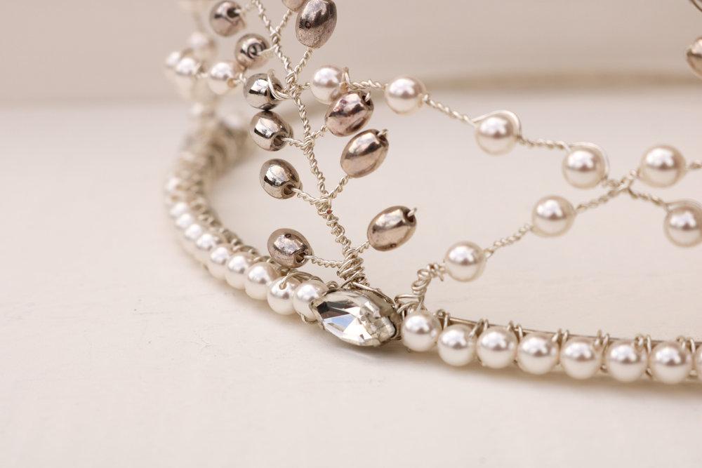 Jane tiara-details.jpg