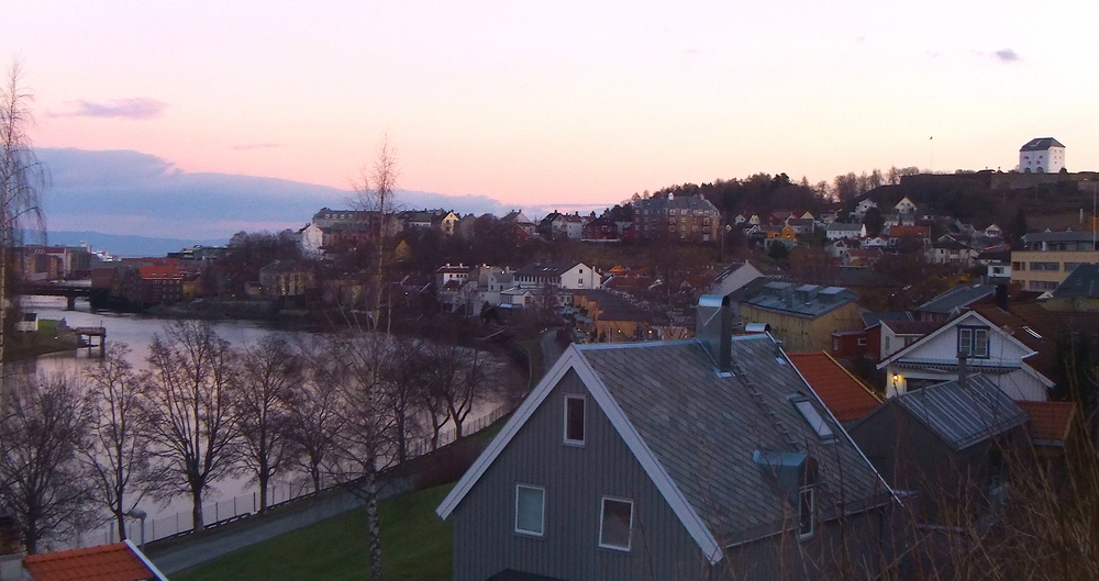 Looking over Nidelva toward the Kristiansten Forest