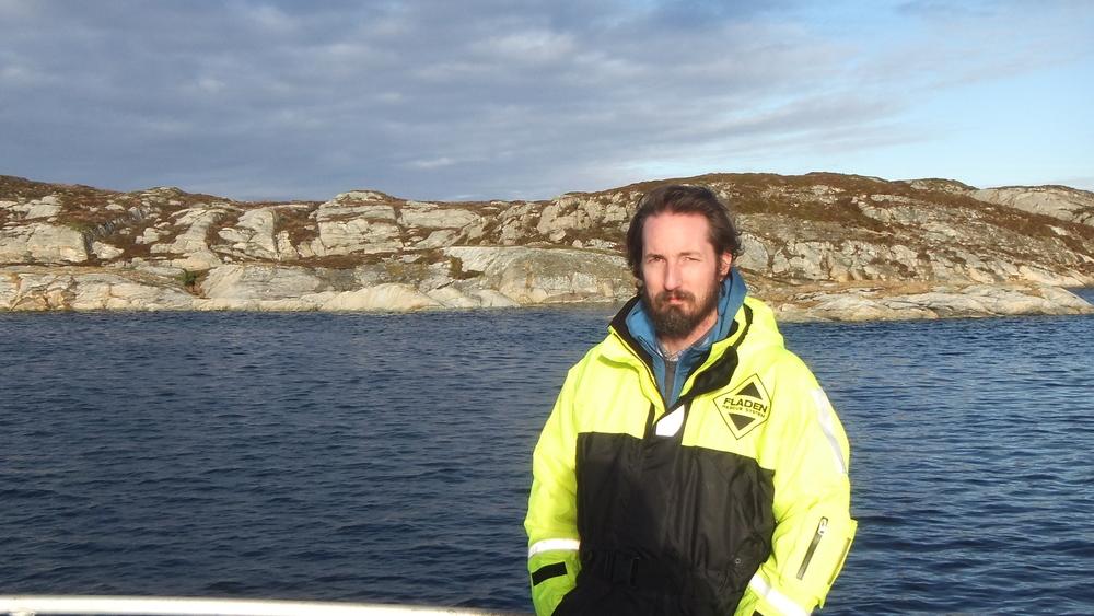Setting kelp lines 14.jpg