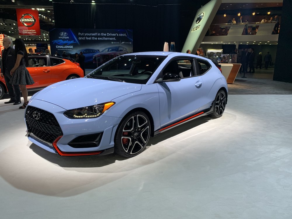 The color of this Hyundai Veloster is perfection.