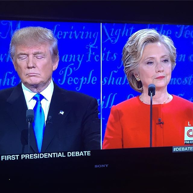 """This is the WORST production of """"Love Letters"""" I've ever seen. #debate"""