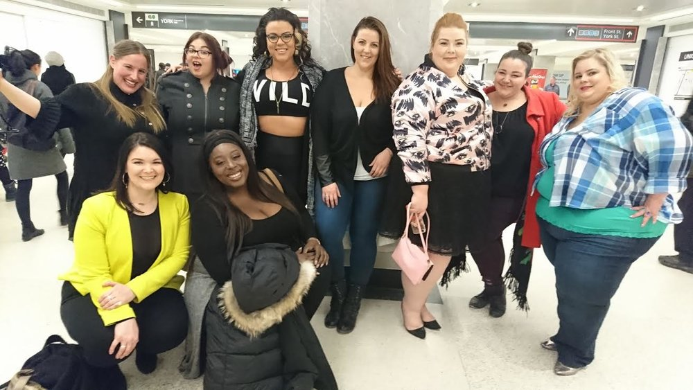 These beautiful curvy taste makers were truly so nice, welcoming  and beautiful! So happy i met them all! @jewelzjourney @pureivorydolca @sarahtaylorsjourney @sheenasnively @amandamonty @voluptuosmodel @curvycdn @mustangsallytwo