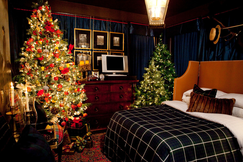 Scot Meacham Wood Design - Holiday 2011 - Bedroom .jpg