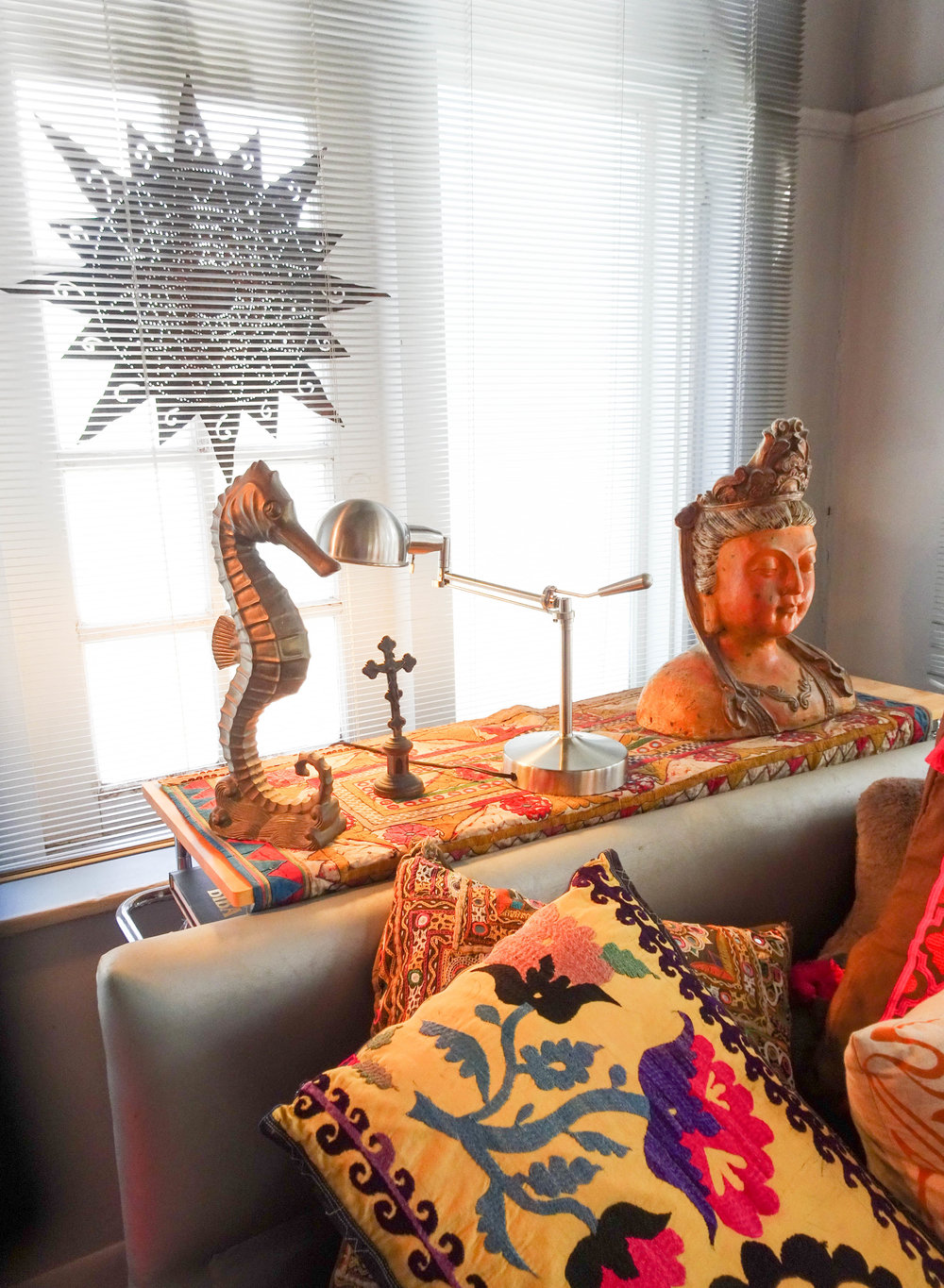 {HOME TOUR} FASHION DESIGNER BARBARA HULANICKI SHOWS US AROUND HER MIAMI APARTMENT