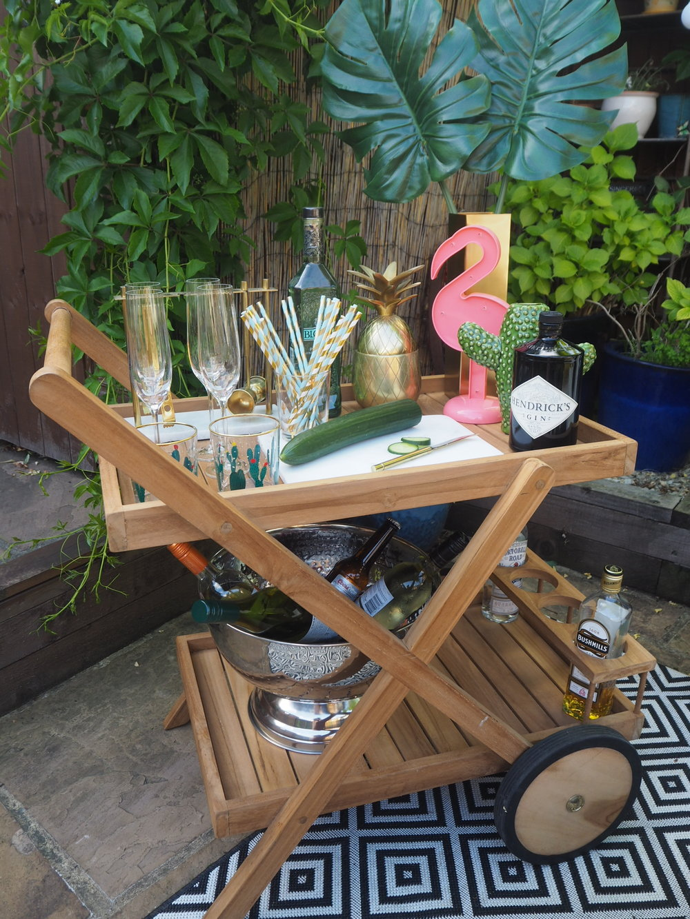 THE OUTDOORS BAR CART