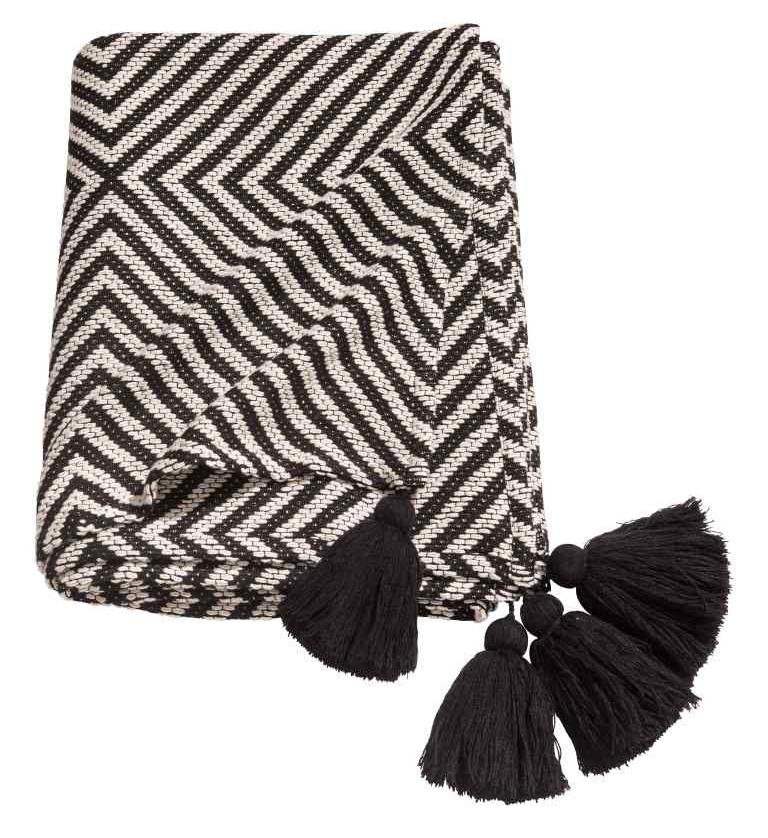 H&M Jacquard weave blanket £39.99