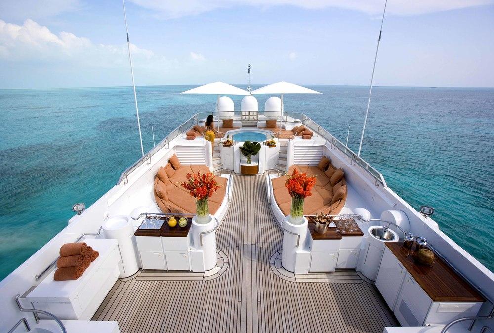 Mega Yacht Massage