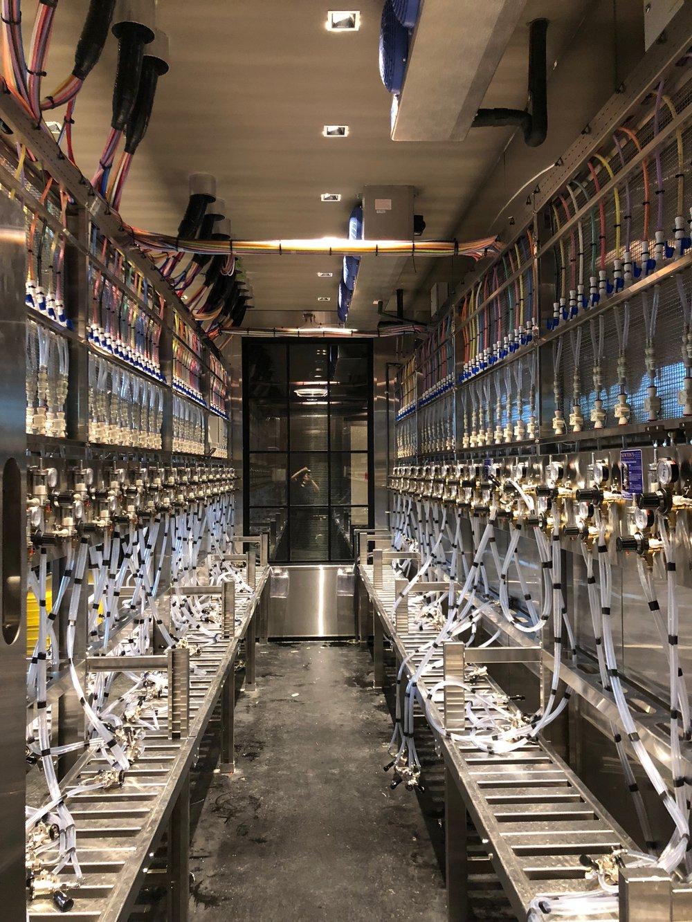 craftbeermarket1_kelowna.JPG