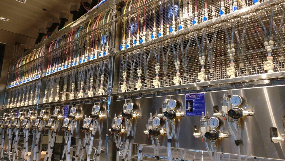 craftbeermarket5_kelowna.jpg