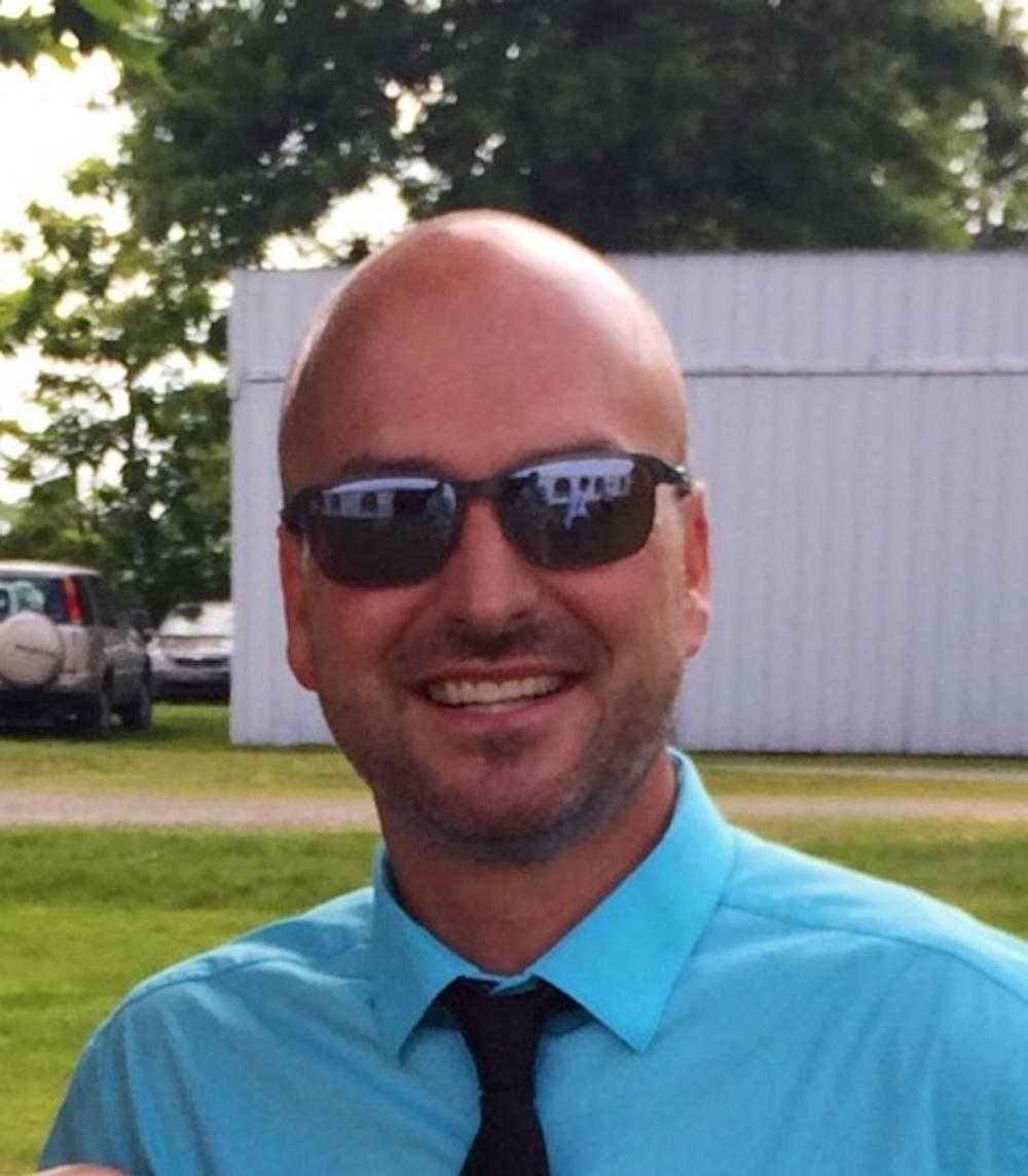 Chad Ledune  (@Mr_LeDune)   8th Grade Science Teacher/Tech Integration Coach