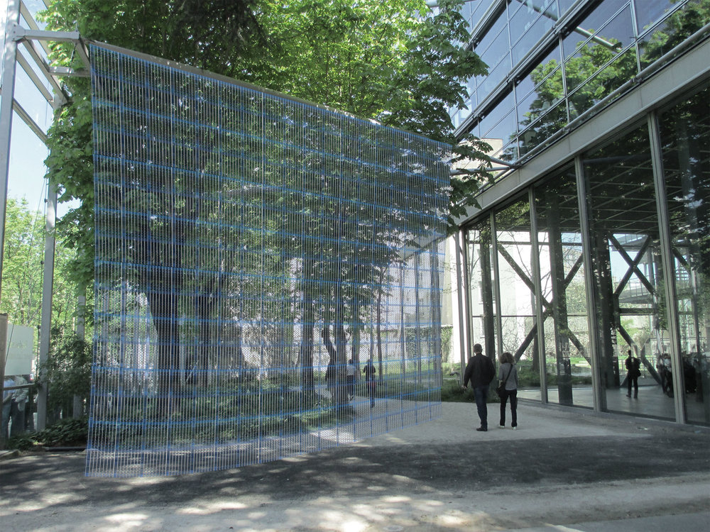 Visualisatiion of textile idea in the garden space at the Fondation Cartier (2013)