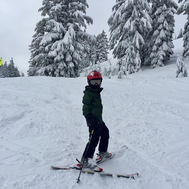 Good snow, goodwe, great day to play hooky. #mtbachelor #sickday