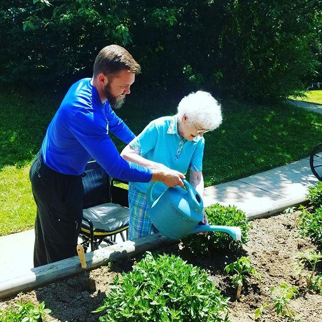 There is no therapy like working in the garden! #fiveoaksmanor #shorttermrehab #longtermcare #gardening