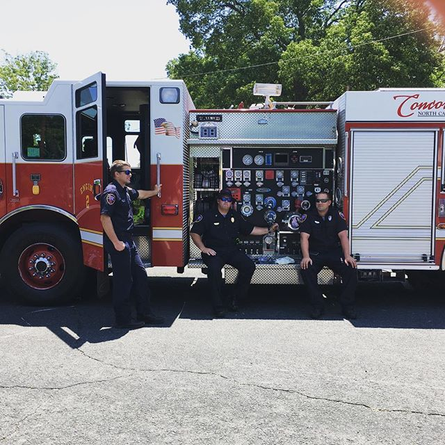 Thank you to our local fire dapartment for coming to help us celebrate at our spring fling. Thank you for all you do. #fiveoaksmanor #firefighter #shorttermrehab #supportfirefighters #longtermcare