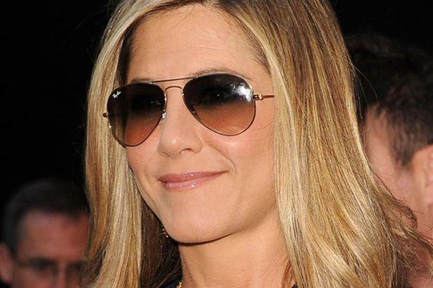 shades ray ban.jpg