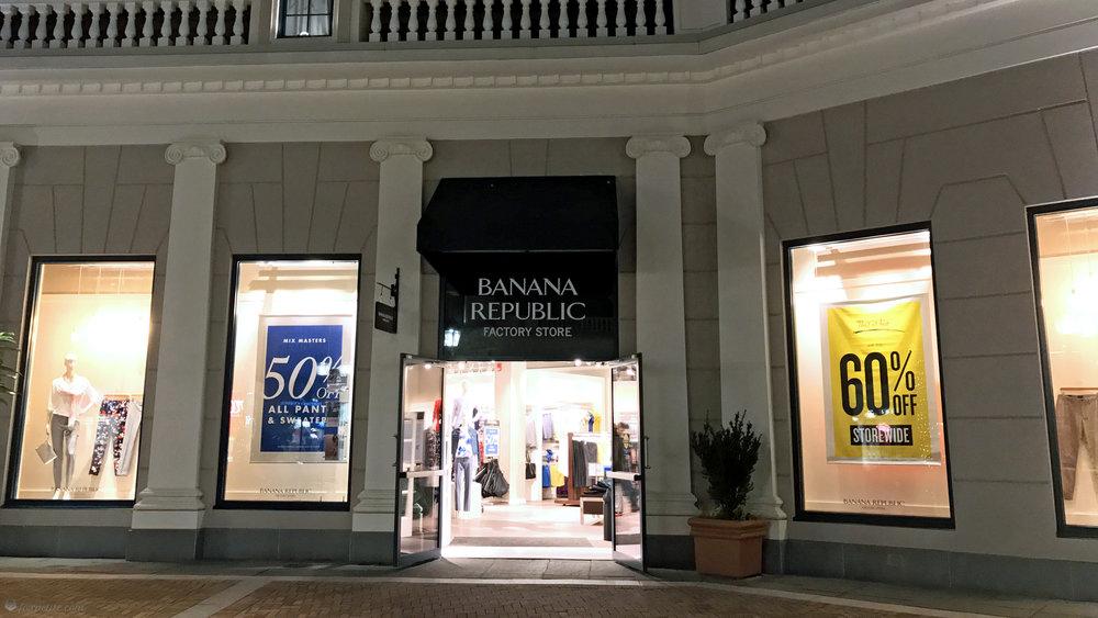 Fox Petite - Banana Republic Factory Store Front
