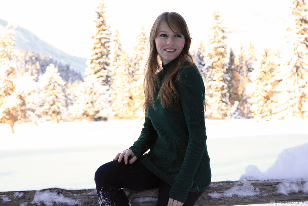 Petite women's silk forest green pullover for winter | Fox Petite fashion blog style
