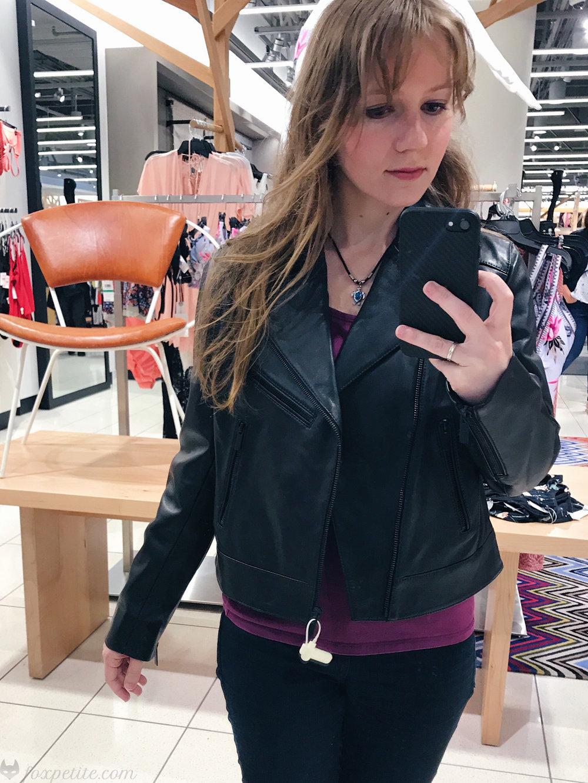 Halogen Leather  Moto Jacket  in black size XS petite