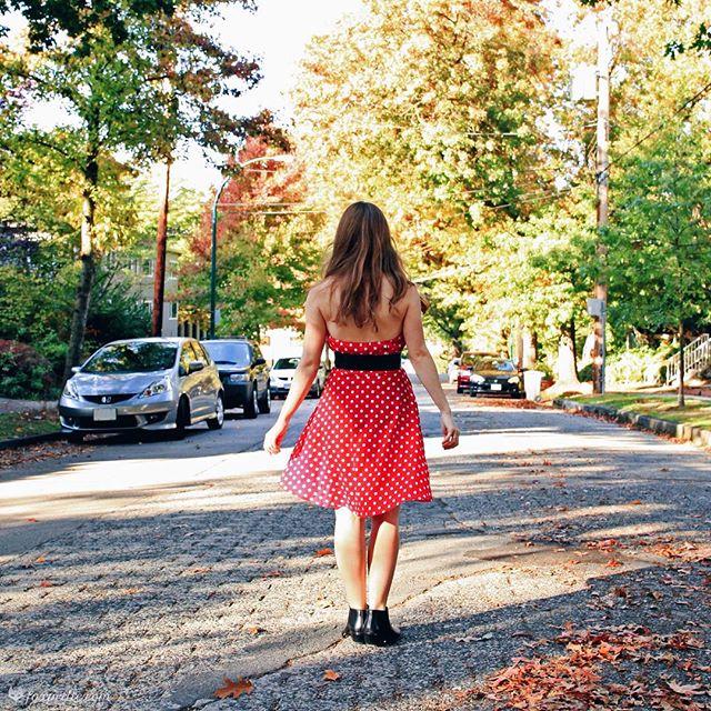 Happy Halloween! Hope everyone had a fun, and safe, evening. . . . #minnie #petitefashion #petitestyle #petites #petitelife #shortgirl #shortgirls #shortgirllife #petiteblogger #petitefashionblogger #modcloth #mymodcloth #modclothsquad #samedelman #ankleboots #boots #smallfeet #fallfashion #fallstyle #autumnoutfit #citygirl #polkadots #polkadotdress #fashionblogger #styleblogger #bloggerstyle