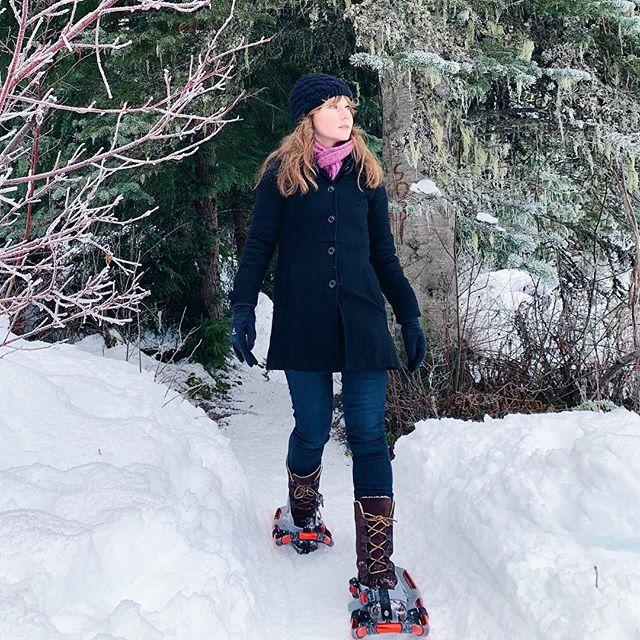 Happy New Year! If the going gets tough, sometimes you just need the right pair of shoes. . . . #shortgirllife #timberland #aritzia #paige #liveinit #burton #petites #petitefashion #petitestyle #smallfeet #smallshoes #smallshoesizes #shortgirl #shortgirls #shortgirlproblems #shortgirlprobz #petiteblogger #petiteblog #ootdpetite #shortgirlsrock #snowfashion #winterfashion #coldweatherstyle #winterstyle #allaboutshoes #therightshoes #theperfectshoes #snowshoes #kidsshoesforadults #kidssizefitsme
