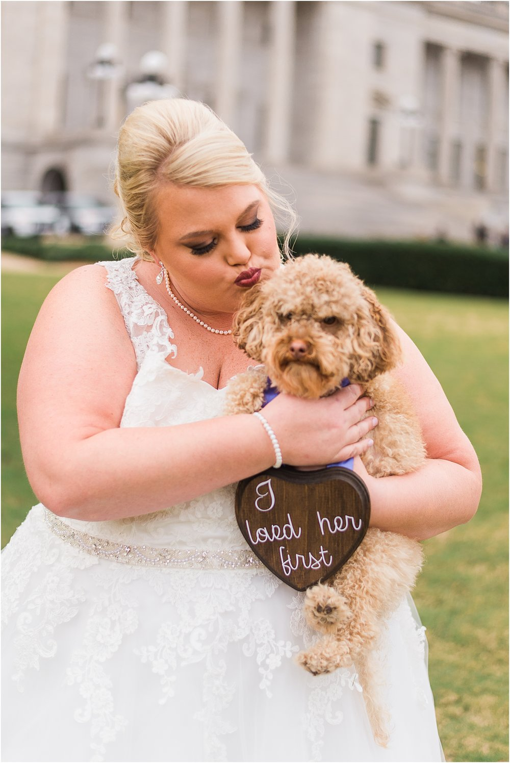Arkansas bride with puppy