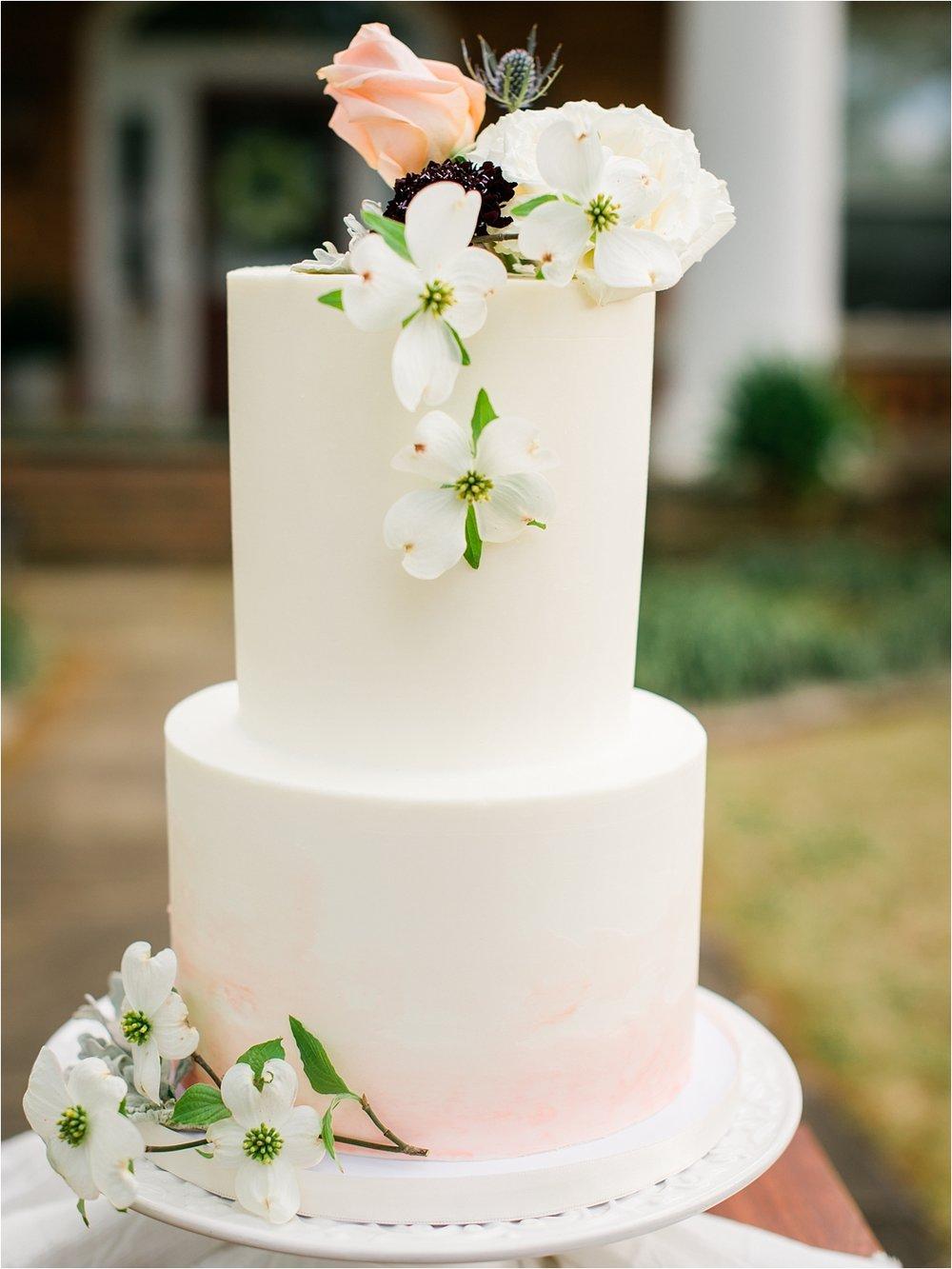 Dogwood wedding cake Little Rock Arkansas Wedding Photographer