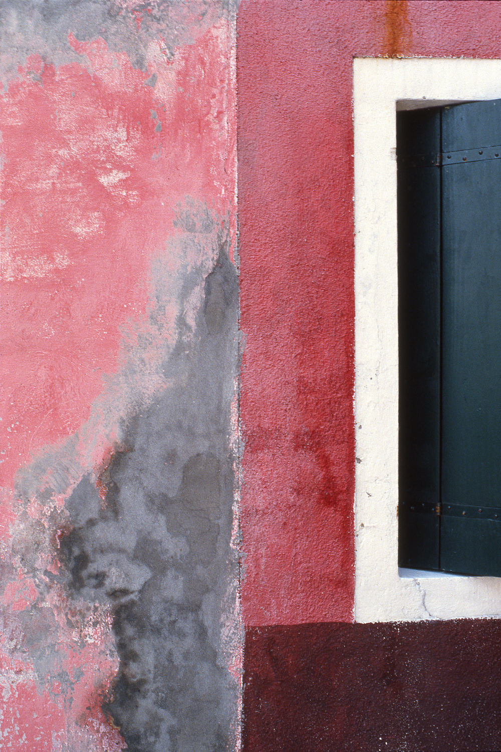 Pink and Grey Wall, Burano Italy, 1978 , Cibachrome Print, 24 x 16cm, Edition of 10.                            Exhibition:  Burano Colour Works , Australian Centre for Photography, Sydney; Solander Gallery, Canberra; Wagga Wagga City Art Gallery, Wagga Wagga, 1979.