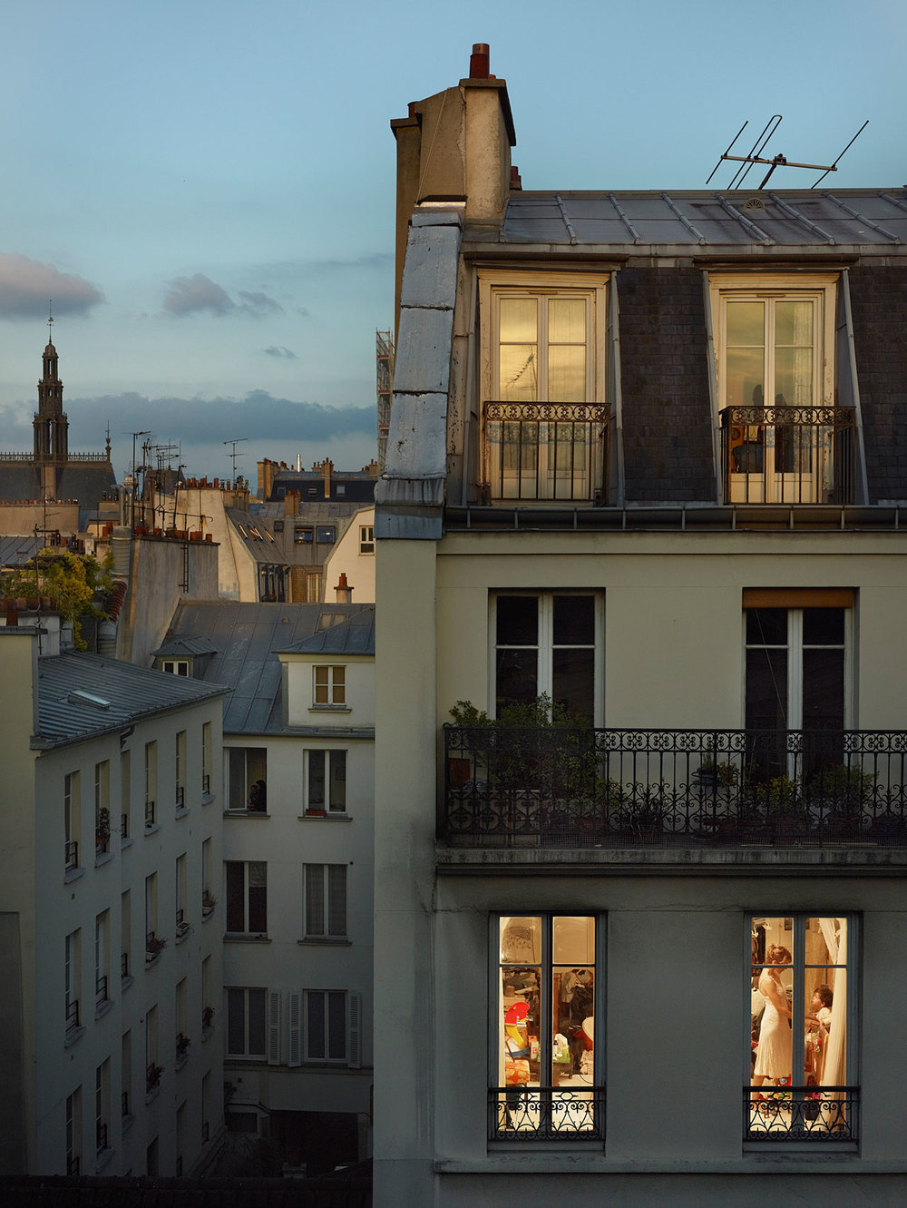 s1_out_my_window_gail_albert_halaban_vis_a_vis_paris_yatzer.jpg