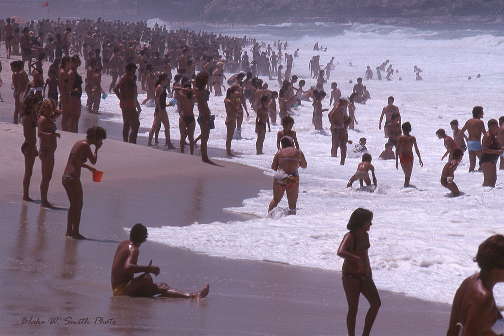 1970s-vintage-photographs-of-rio-beaches-11.jpg