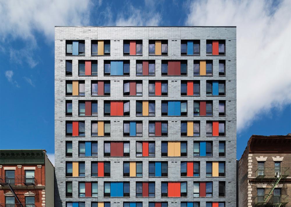 boston-road-housing-gorlin-architects_dezeen_1568_2.jpg