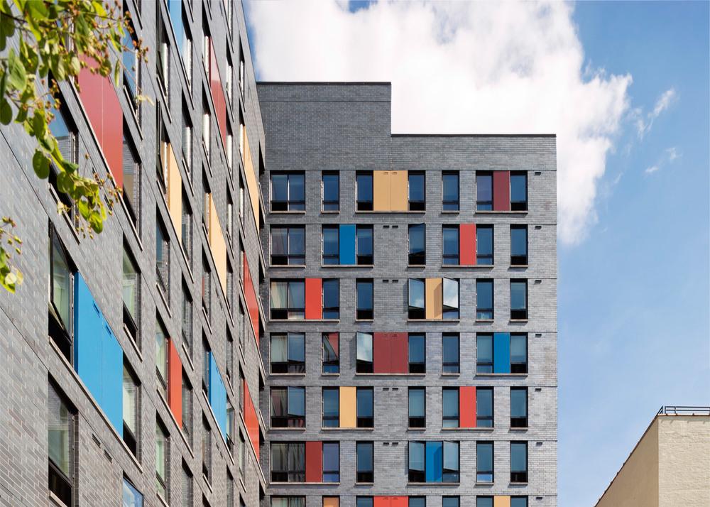 boston-road-housing-gorlin-architects_dezeen_1568_12.jpg