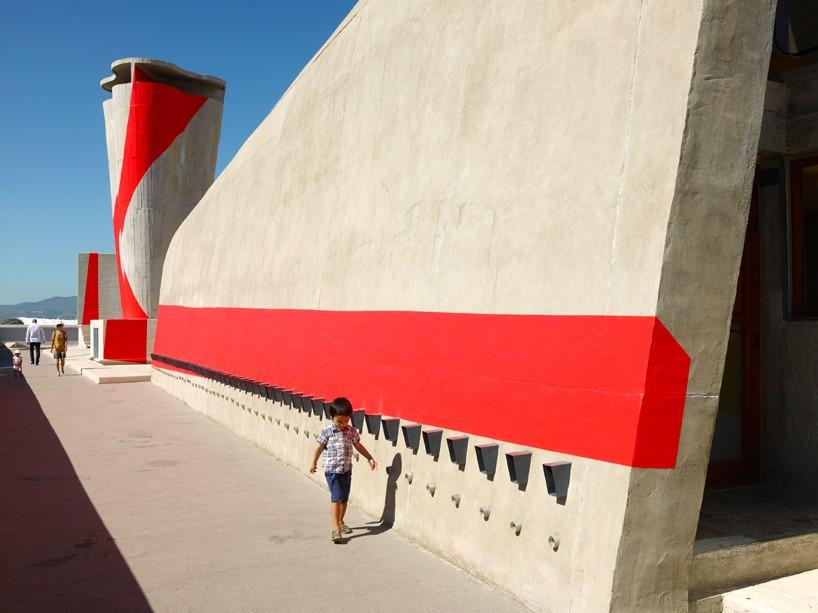 exhibition-ciel-ouvert-felice-varini-mamo-designboom-091-818x613.jpg