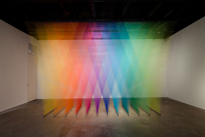 Gabriel-Dawe-colorful-art-installation-arts-and-crafts-I-Lobo-you11.jpg