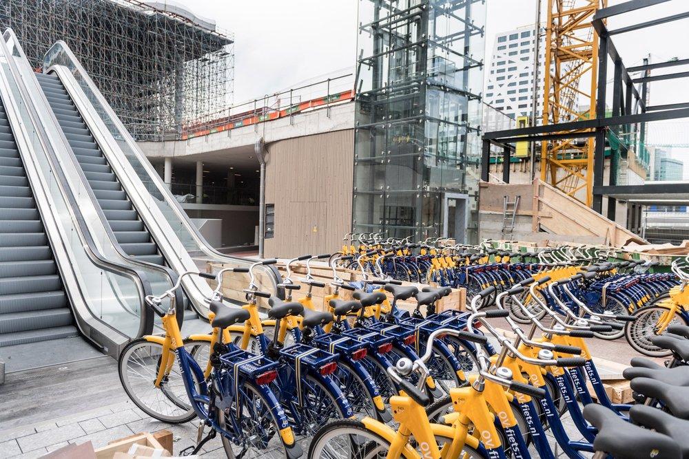 stationsplein-bicycle-parking-utrecht-architecture_dezeen_2364_col_1.jpg