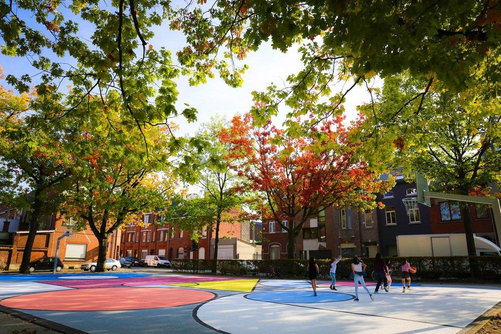 hypecourt-basketball-court-katrien-vanderlinden-design_dezeen_2364_col_7.jpg