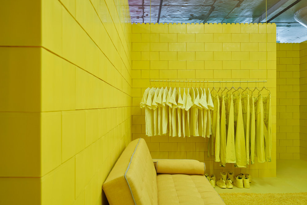 monochrome-cj-hendry-brooklyn-exhibition-colour-rooms-new-york-usa_dezeen_2364_col_12.jpg