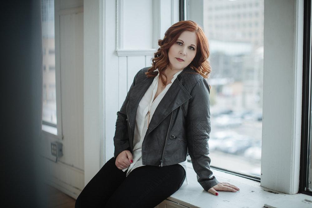 Lindsay Winkler L. Wink Photography Owner