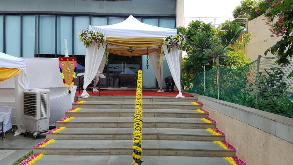 Wedding decoration alamu hall balaji decorators wedding stage gallery junglespirit Image collections