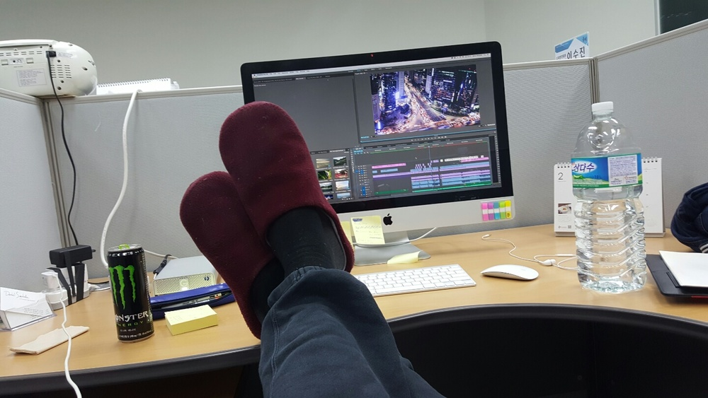 Chilling while rendering large chuncks of edited footage