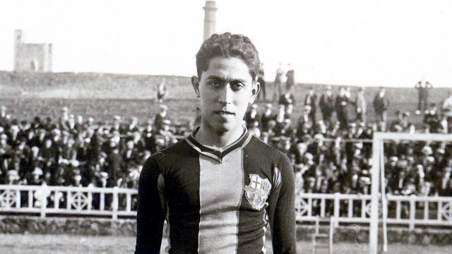 Alcantara in his Barcelona jersey during his playing days. Photo: FC Barcelona