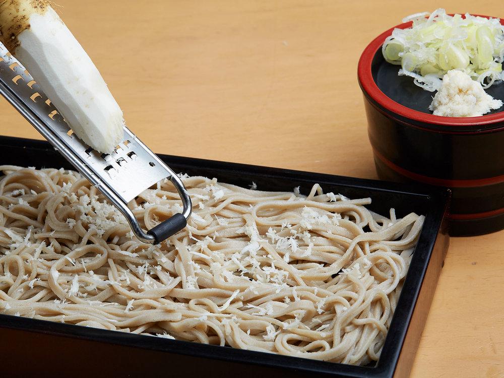 山わさび蕎麦  (幌加内産そば粉100%使用) <br> Zaru soba with Yama wasabi (cold) ($13)