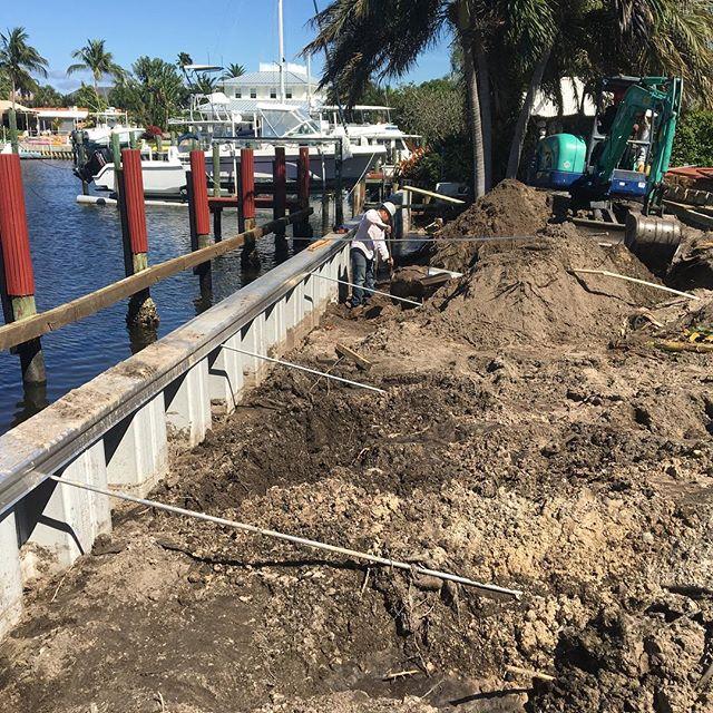 #marineconstruction #sheetpile #vinylsheetpile #tiebacks #barge #wildcat #boating #dock