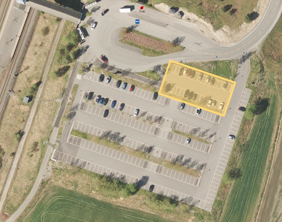 Sonsveien stasjon, 30 (9,1%) reserverte parkeringsplasser