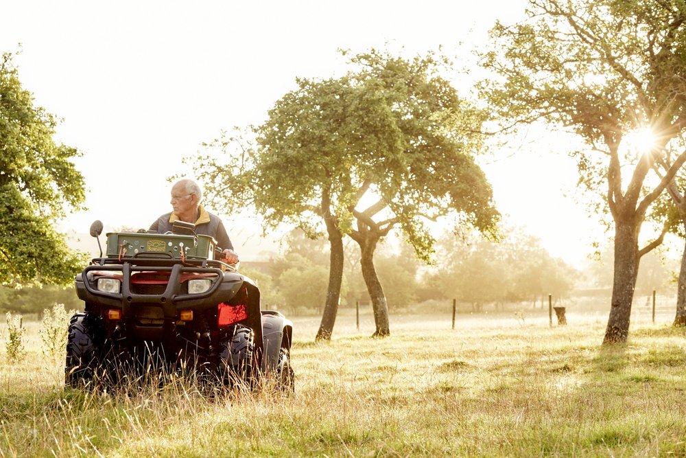 FARMING - AGRICENTRE -