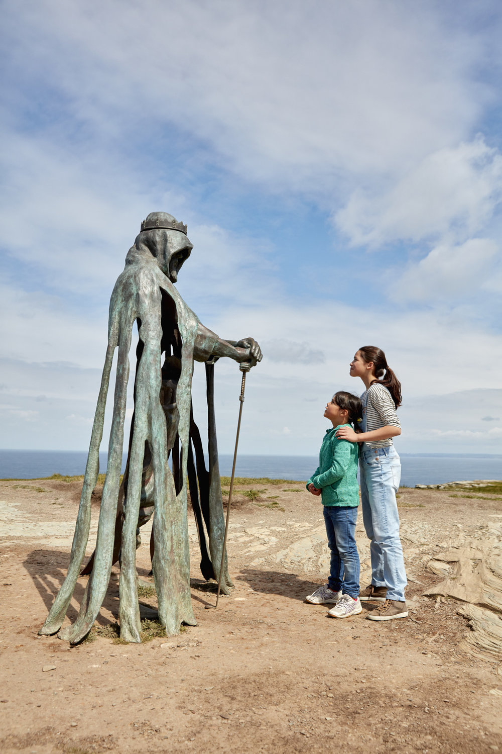 EH_TINTAGEL_BRONZE_SCULPTURE_017.jpg