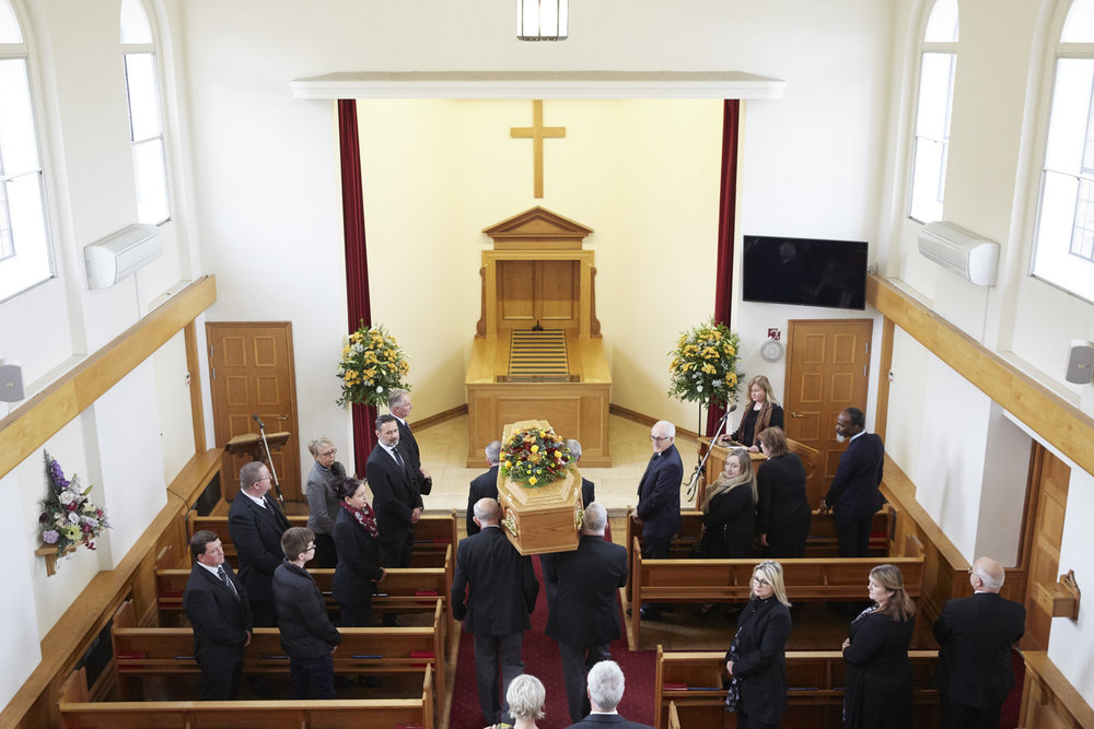 OLIVER_EDWARDS_FUNERAL_INDOOR_CEREMONY_039.jpg