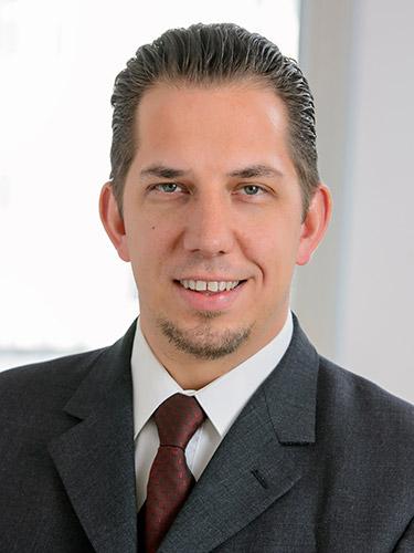 MartinSchmiedel_Trainer.jpg