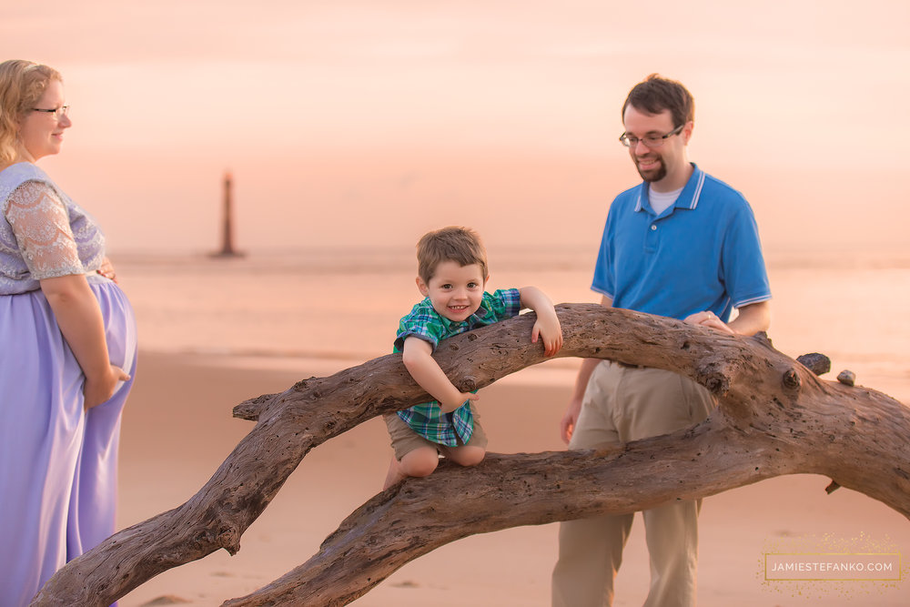 charleston-sc-beach-sunrise-family-06