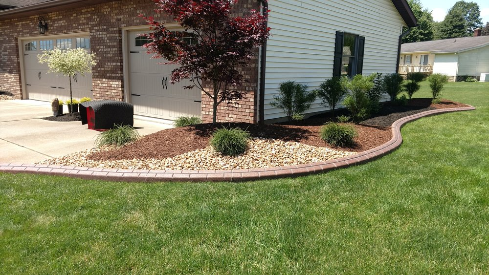 Hardscape installation near Wooster, Ohio.