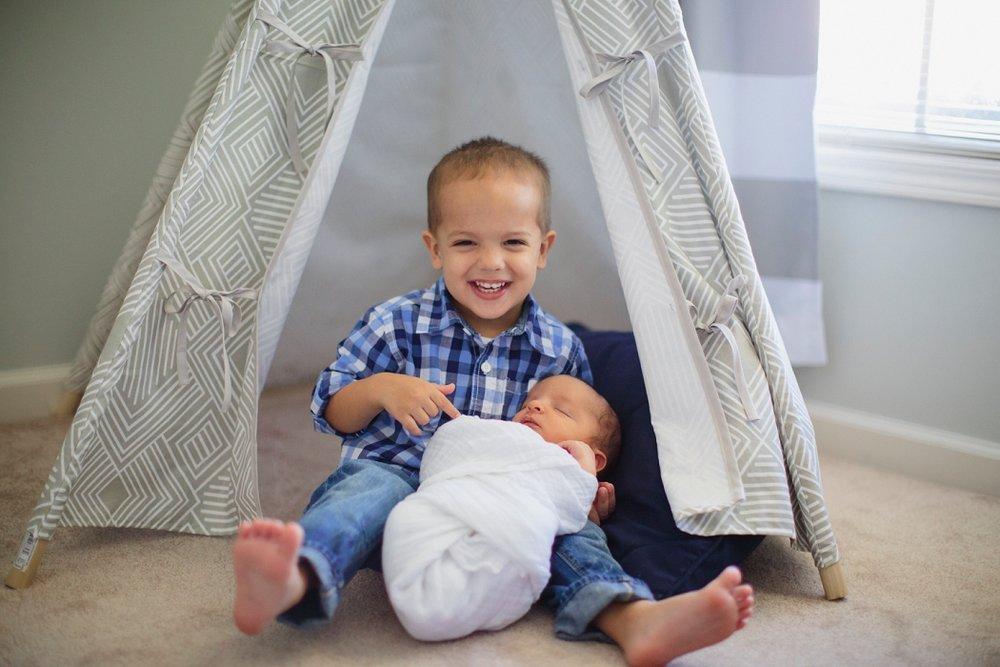 Andrew newborn 035_Blog.jpg